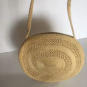 Handbags - Vintage woven purse